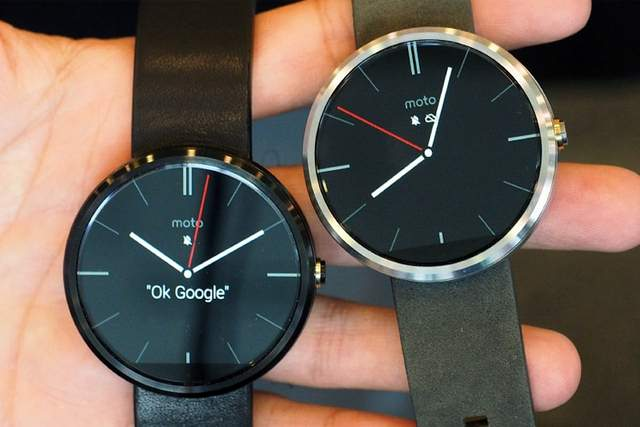 moto 360 smart clock-google